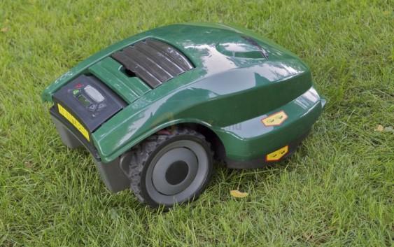 Robomow® RM400 ; il vostro giardiniere di fiducia